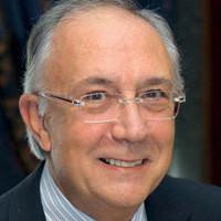 Dr. Manuel Jiménez Ucero